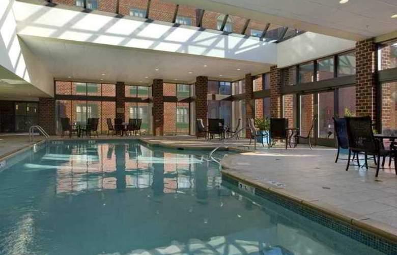 Hilton Mystic at the Aquarium - Hotel - 10