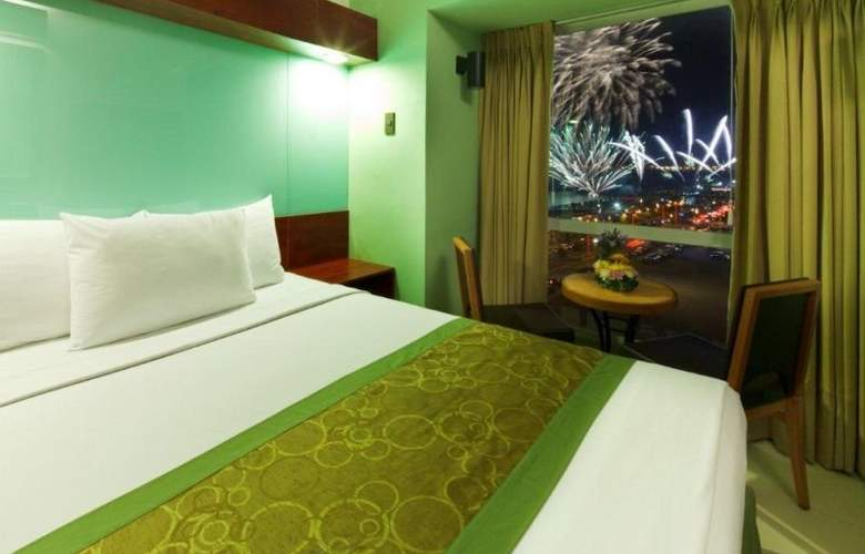 Microtel Mall of Asia - Hotel - 0