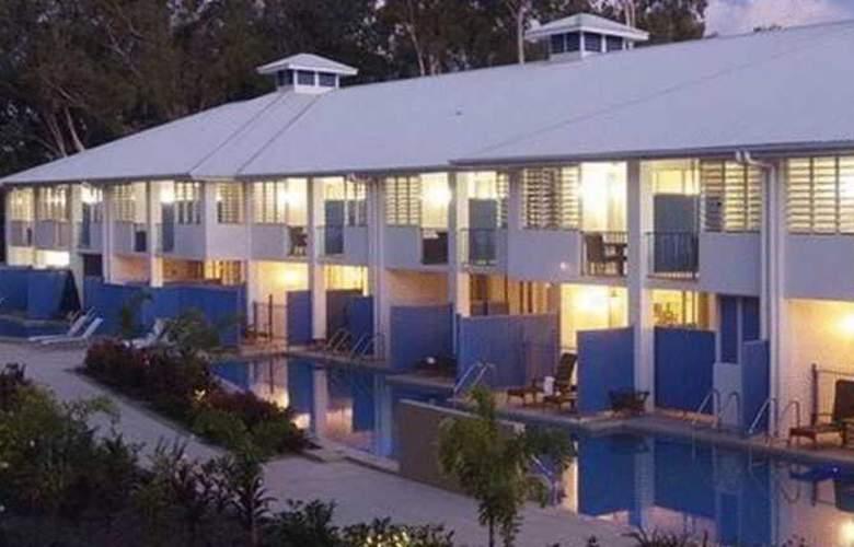 Oaks Lagoons - Hotel - 1