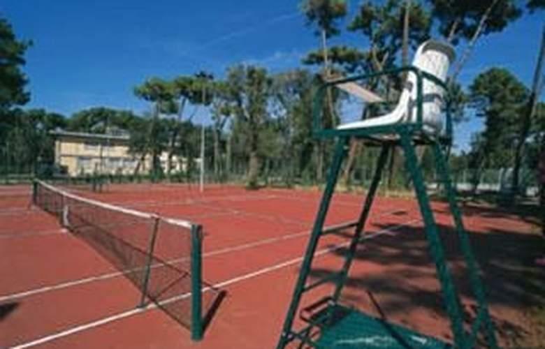 Mercure Tirrenia Green Park - Sport - 5