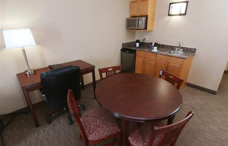 Best Western Pembina Inn & Suites - Room - 123