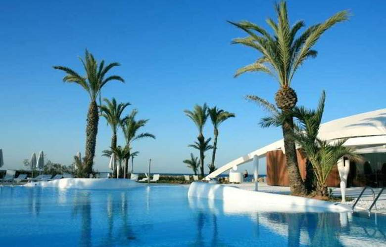 Roda Golf and Beach Resort - Pool - 17