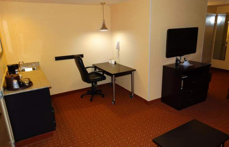 Best Western Plus Carlton Suites - Room - 46