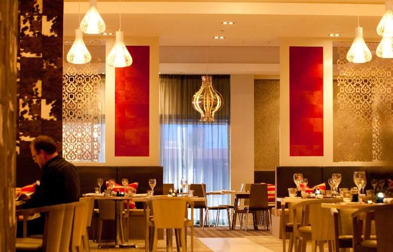 Rydges Auckland - Restaurant - 2