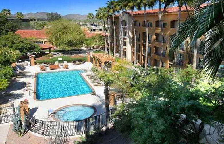 Courtyard Scottsdale Salt River - Hotel - 1
