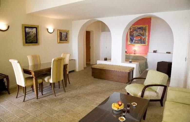 Adamis Majesty Suites - Room - 0