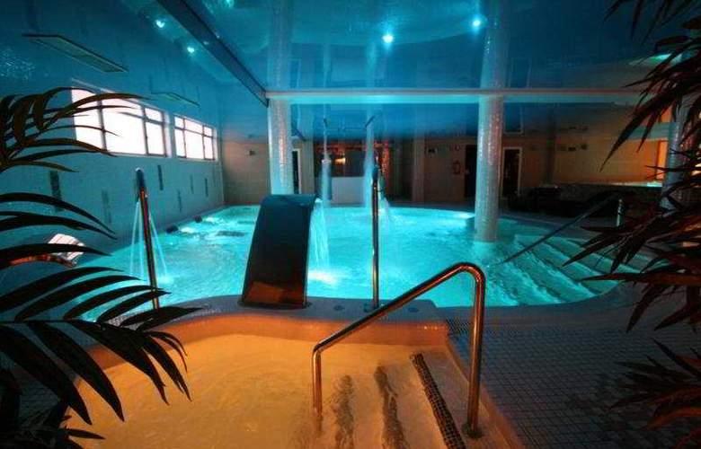 Felisa Spa - Pool - 0