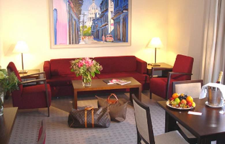 Ramada Nuernberg Parkhotel - Room - 9