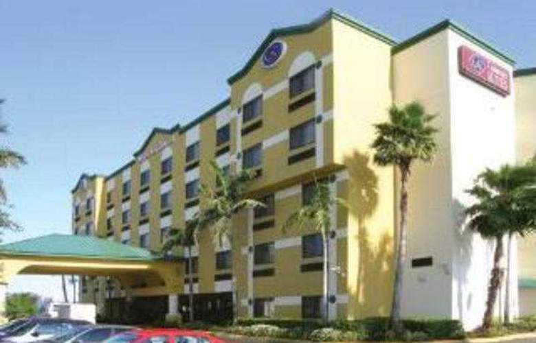 Holiday Inn Exp & Suites Ft. Lauderdale Air. West - General - 1