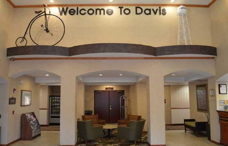 Comfort Suites UC Davis - General - 0