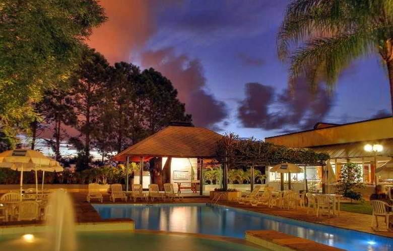 Mabu Parque Resort - Pool - 2