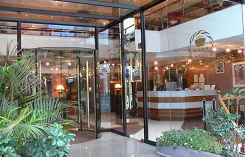 Cuatro Reyes - Hotel - 0