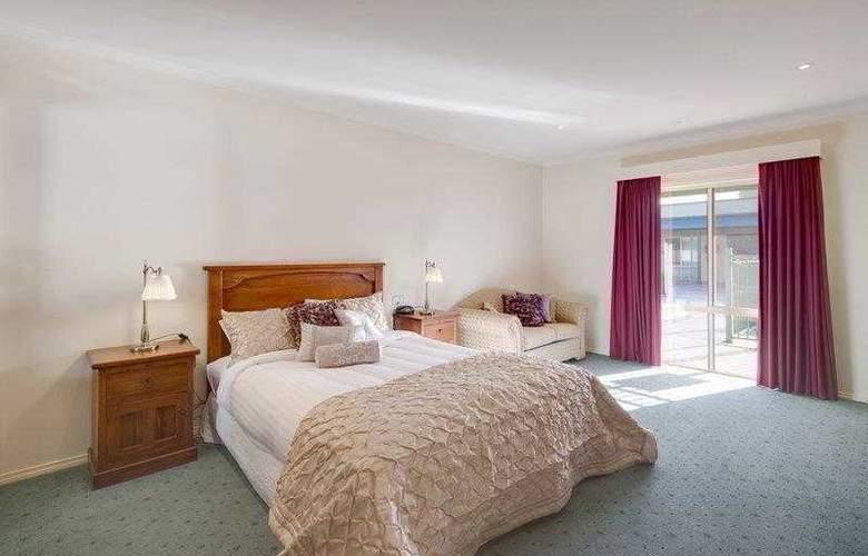 BEST WESTERN Crystal Inn - Hotel - 4