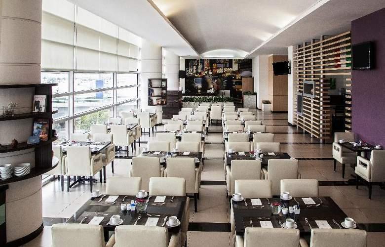 NH Valle Dorado - Restaurant - 27