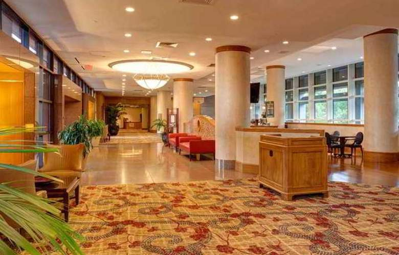 Doubletree Hotel Tulsa at Warren Place - Hotel - 3
