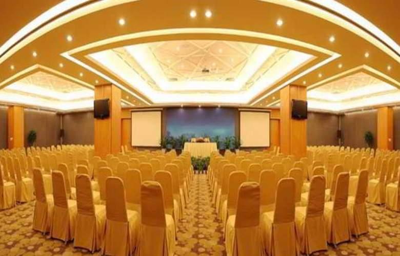 Ramada Parkside - Conference - 7