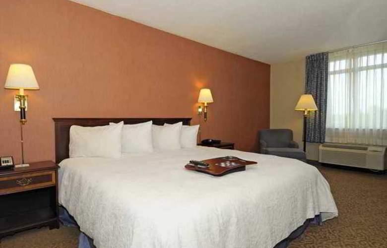 Hampton Inn Alexandria-Old Town/King St. Metro - Hotel - 0