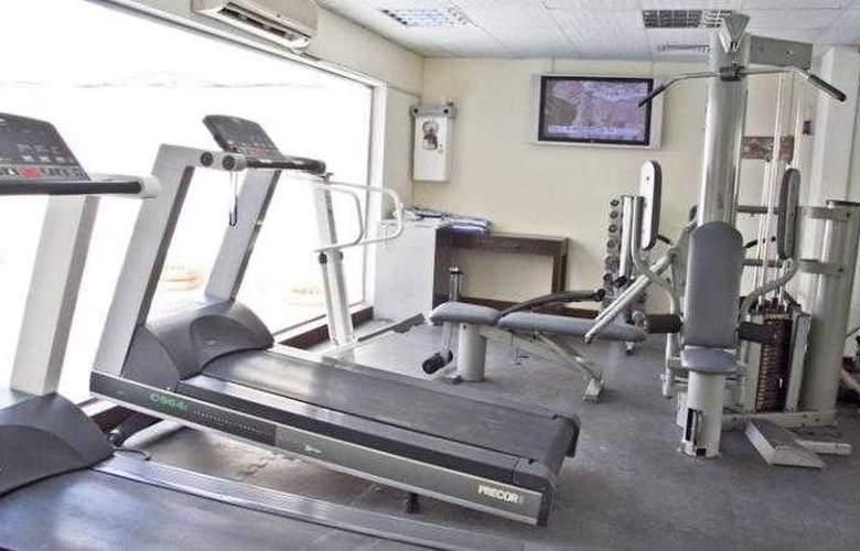 Regent Beach Resort Jumeirah - Sport - 16