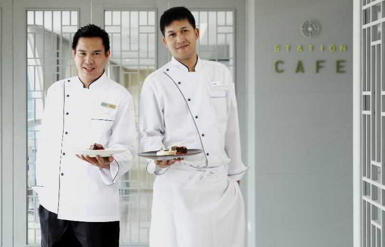 Prime Hotel Central Station Bangkok - Restaurant - 46