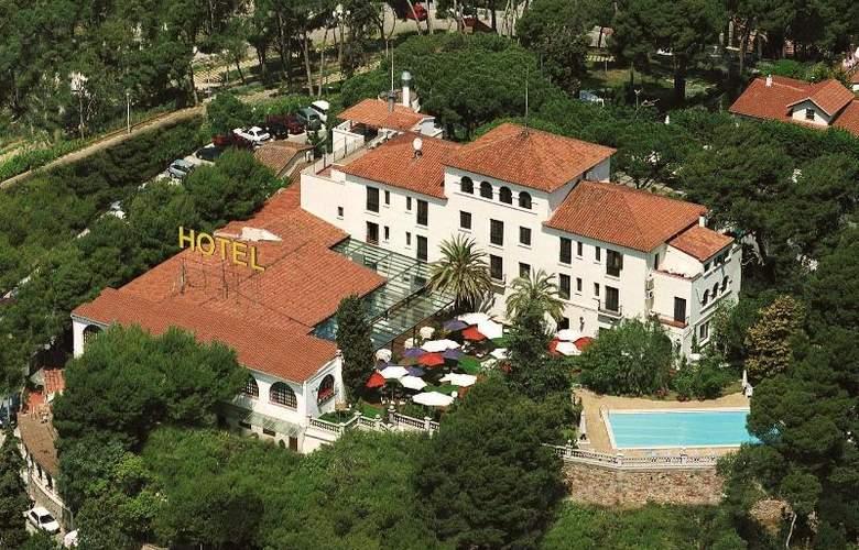 El Castell - Hotel - 0