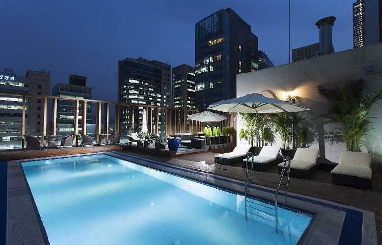 Hotel Grammos Seoul - Pool - 3