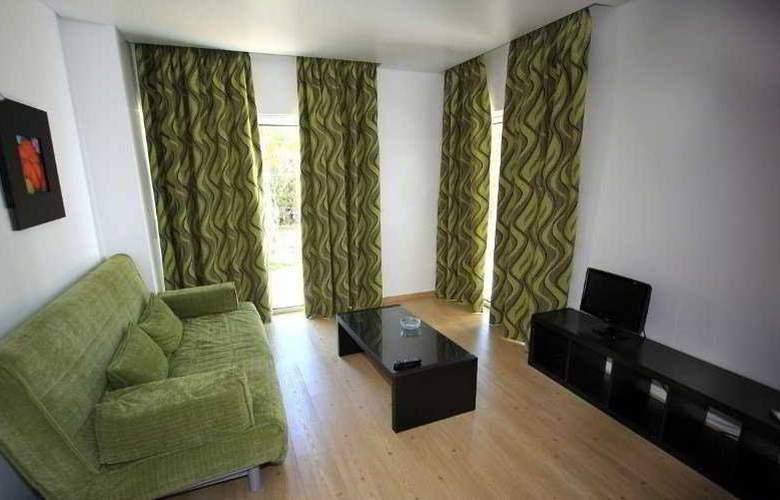 Quinta De Santana - Room - 3
