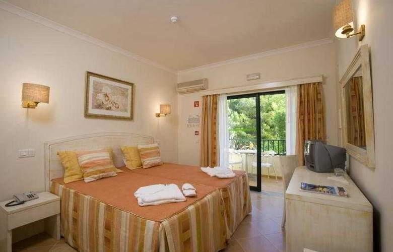 Ria Plaza Resort - Room - 3