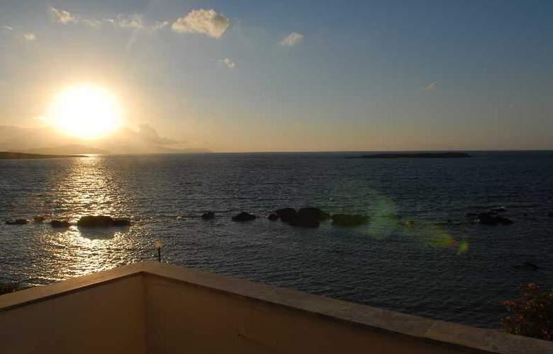 Klinakis Beach Hotel - Hotel - 4