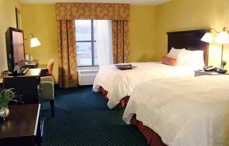 Hampton Inn & Suites Seal Beach - Hotel - 2