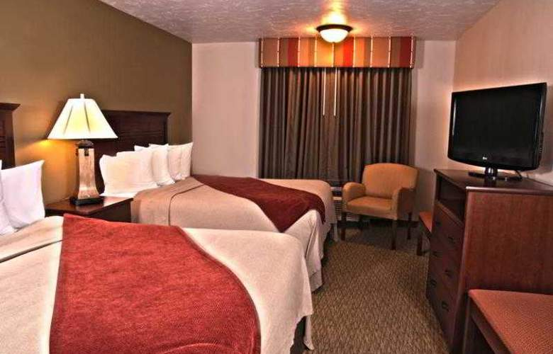 Best Western Town & Country Inn - Hotel - 50