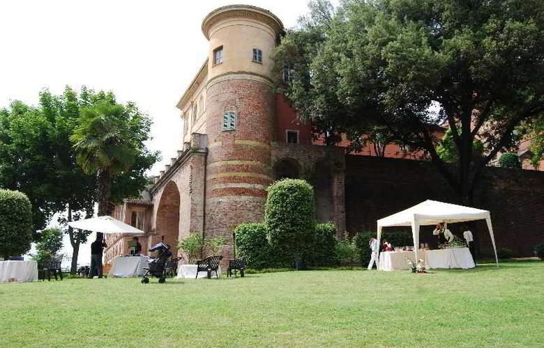 Castello Di Uviglie - Hotel - 9