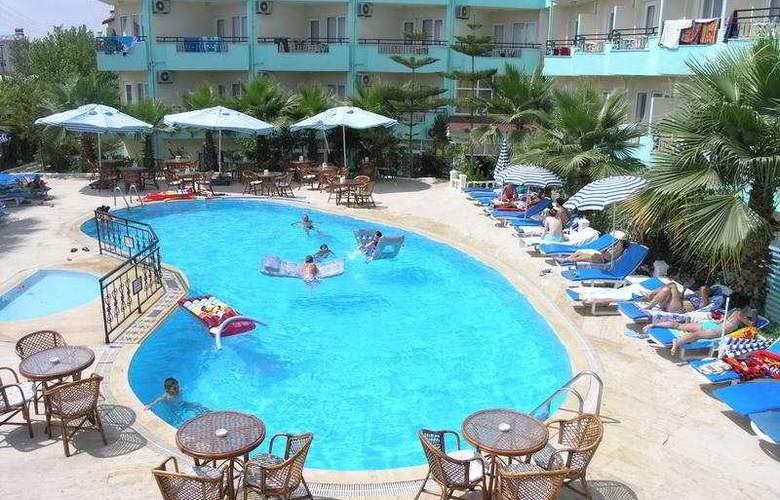 Semoris Hotel - Pool - 5
