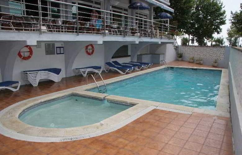 Internacional Calella - Pool - 5