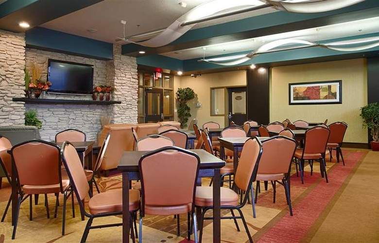 Best Western Plus The Inn At St. Albert - Restaurant - 139