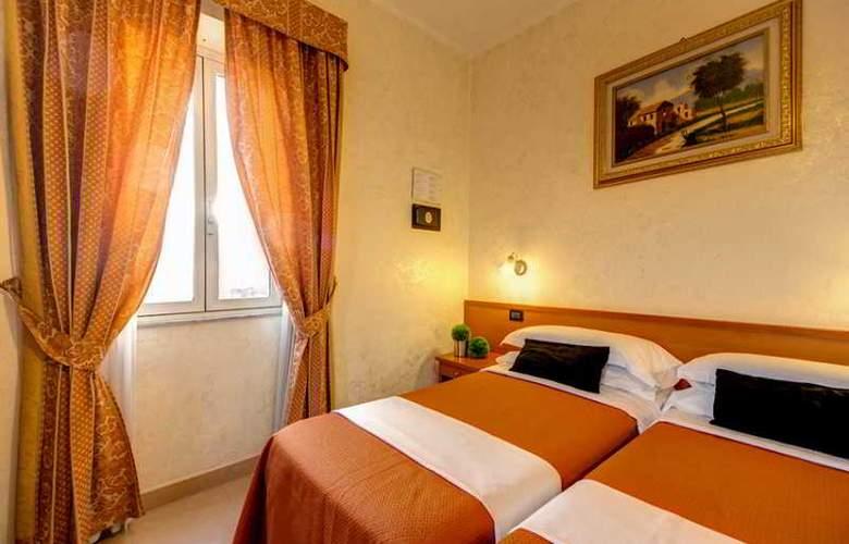 Parker Roma - Room - 8