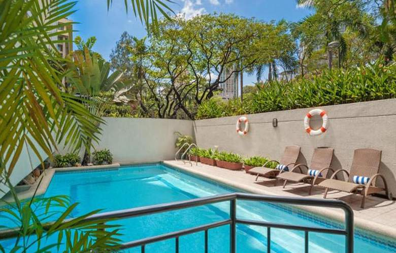 Somerset Olympia Makati - Pool - 7