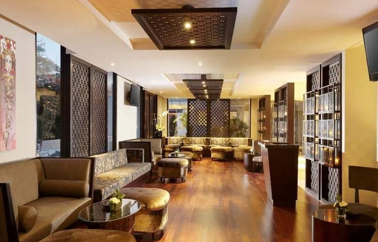 Bali Nusa Dua Hotel & Convention - Bar - 31