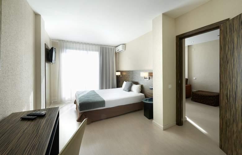 Eurosalou - Room - 18