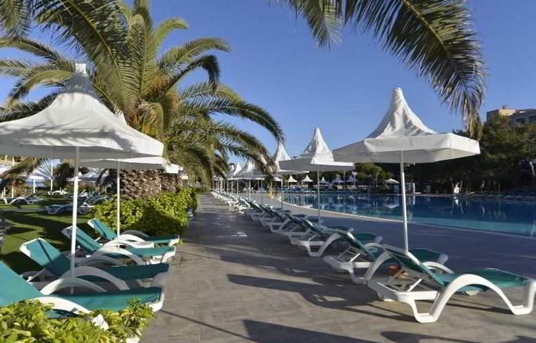 Turquoise Resort Hotel&Spa - Pool - 12