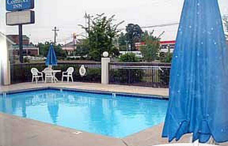 Comfort Inn (Archdale) - Pool - 5