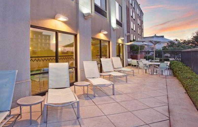 SpringHill Suites Austin North/Parmer Lane - Hotel - 4