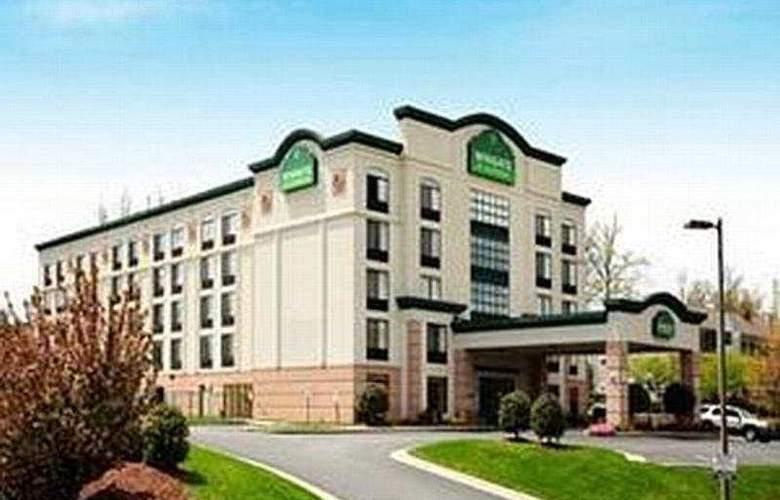 Wingate by Wyndham Greensboro - Hotel - 0