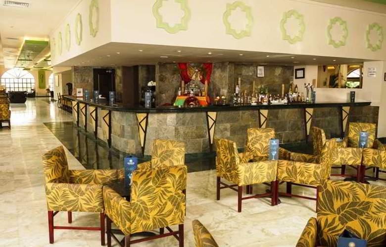 Sandos Playacar Beach Experience Resort - Bar - 16