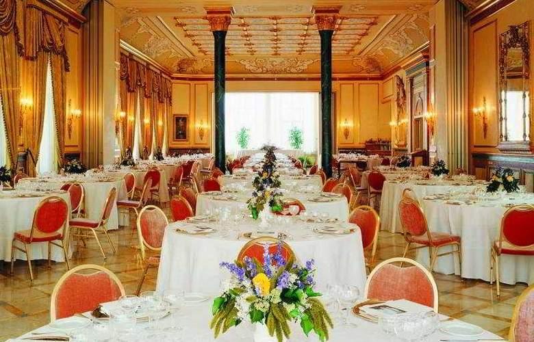 Regina Palace - Restaurant - 2