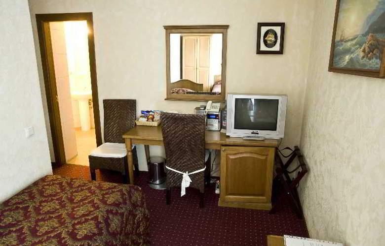Monte Kristo - Room - 14