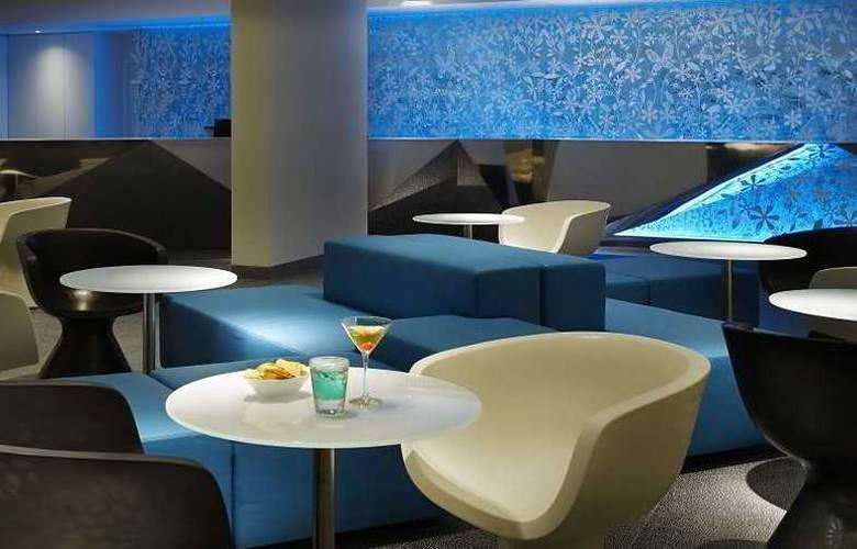 Naumi Hotel - Bar - 9