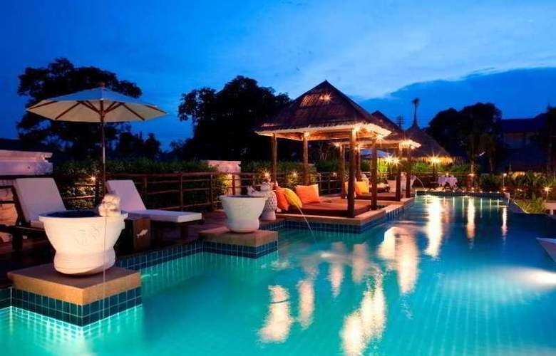 Dhevan Dara Resort & Spa - Pool - 9
