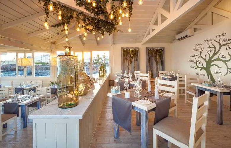 Gran Castillo Tagoro Hotel & Resort - Restaurant - 28