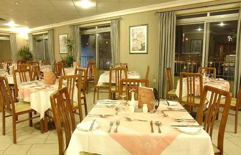 Plaza - Restaurant - 8