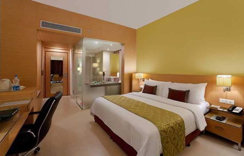 Radha Regent Bangalore - Room - 16